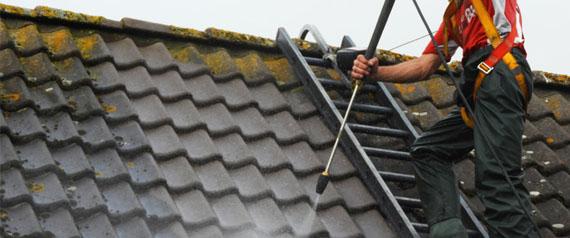 entreprise de nettoyage et d moussage toiture 92 bagneux couvreur isaac. Black Bedroom Furniture Sets. Home Design Ideas